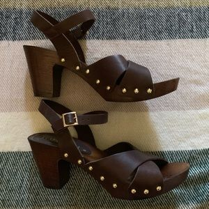 Italian shoemakers Wood Heels with Leather Strap